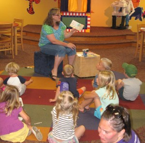 beth reading at gburg lib